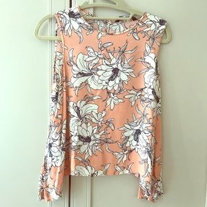 Floral peach top flows perfectly